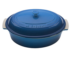 Le Creuset Covered Oval Casserole Giveaway (CLOSED)