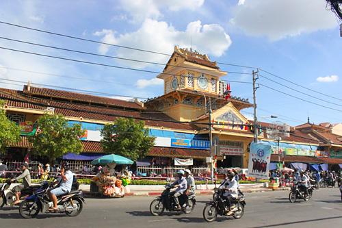 Cho Lon Market, Saigon