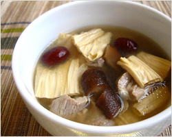 Bean Curd Sticks and Pork Ribs Soup Recipe