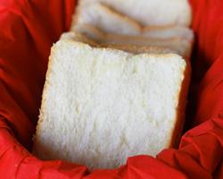Hokkaido Soft Bread (Hokkaido Milk Loaf)