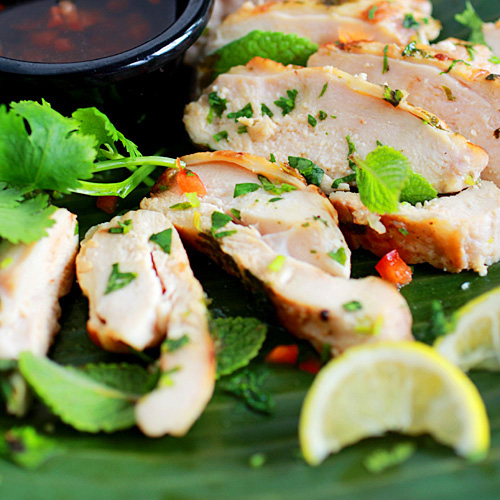 This lemongrass cilantro chicken is marinated with lemongrass and cilantro leaves and serve with a sweet and savory honey dipping sauce. | rasamalaysia.com