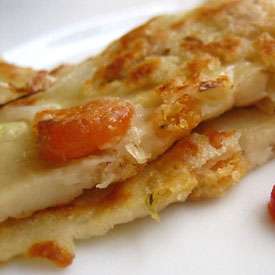 Salty Pancakes with Dried Shrimps Recipe | Easy Asian Recipes at RasaMalaysia.com | rasamalaysia.com