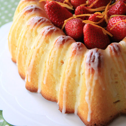 Sicilian Orange Cake is similar to butter cake, with addition of orange juice. Sicilian Orange Cake is buttery, rich, and delicious. | rasamalaysia.com