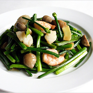 Stir-fried Chive Buds Recipe
