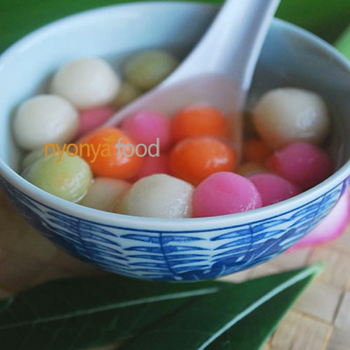 Gluntinous Rice Dumplings / 汤圆