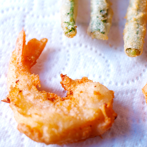Shrimp Tempura – A great tempura lies in the batter, which should produce crispy, airy, light, and non-greasy tempura. Try my recipe! | rasamalaysia.com