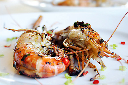 Pan-fried Prawns (干烧虾)