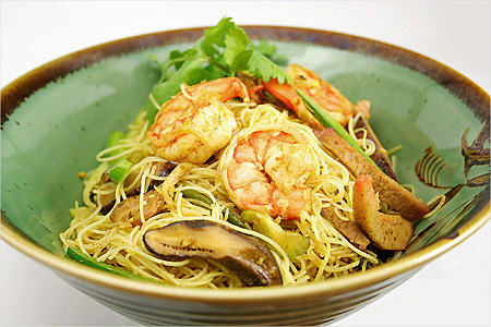 Singapore Fried Rice Noodles | Easy Delicious Recipes: Rasa Malaysia