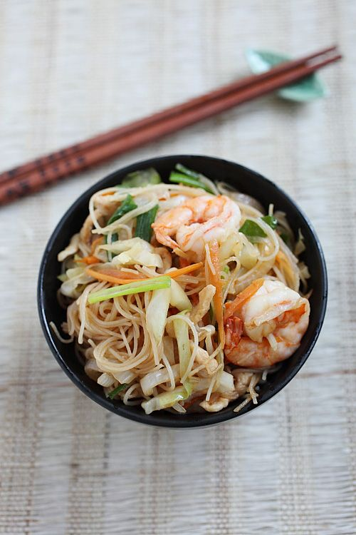 "The key to making great Xiamen Fried Vermicelli lies in the wok hei, which translates literally to ""The Breath of Wok."" To get the wok hei, your wok has to be super-hot. It's this high heat that gives your fried vermicelli that special taste and aroma! 