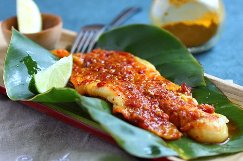 Easy, healthy and the best grilled fish recipe topped with sambal, ready to serve.