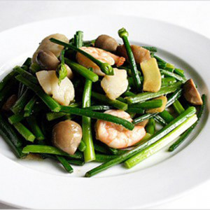 Stir-fried Chive Buds
