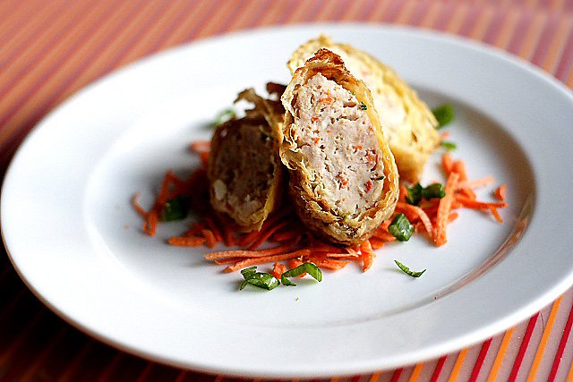 Minced Chicken and Pork Rolls – Protein (meat) wrapped with bean curd skin and deep-fried to perfection. | rasamalaysia.com