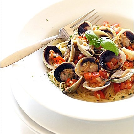 Capellini with Cockle Clams and Lemon Butter Sauce