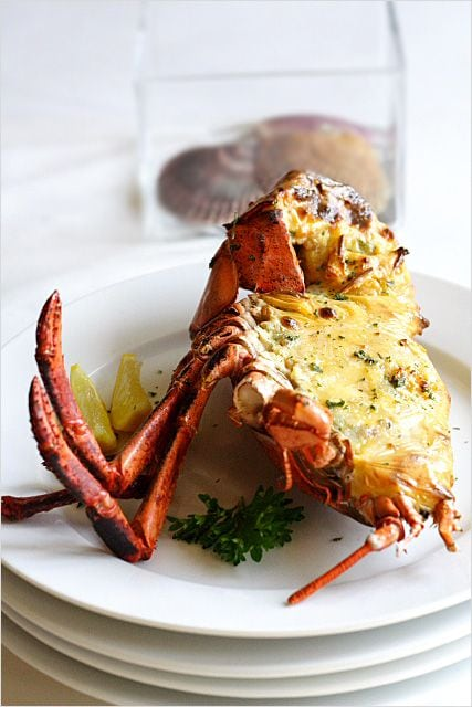 Baked lobster with cheese. Lobster with cheese baked to golden brown is the best way of cooking lobster. Easy baked lobster with cheese recipe for home cooks. | rasamalaysia.com