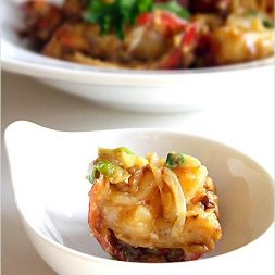 Stir-fried Lobster with Butter and Cheese