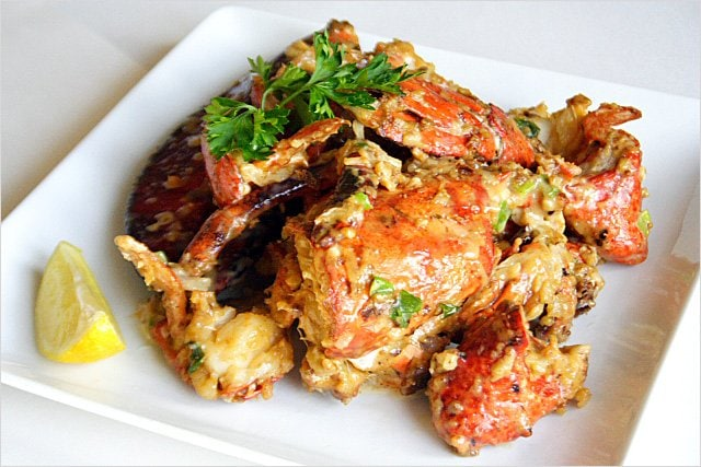 Lobster Recipe: Stir-fried Lobster with Butter and Cheese (芝士牛油焗龙虾) - Words just fail me when it comes to describing the taste of this dish; I will leave the recipe to you so you can experience it for yourself. | rasamalaysia.com