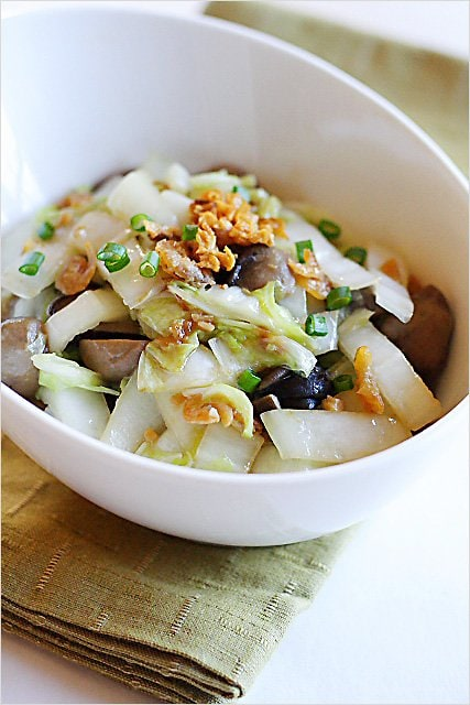 Stir-fried Napa Cabbage Recipe - A simple and delightful dish–stir-fried napa cabbage with dried shrimp (and straw mushrooms). | rasamalaysia.com