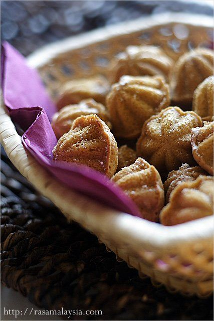 Kuih Bahulu recipe - These sweet and eggy kuih go very well with coffee, and are always a crowd-pleaser during the festive seasons. A few kuih bahulu and a cup of coffee is a surefire way to greet your guests. | rasamalaysia.com