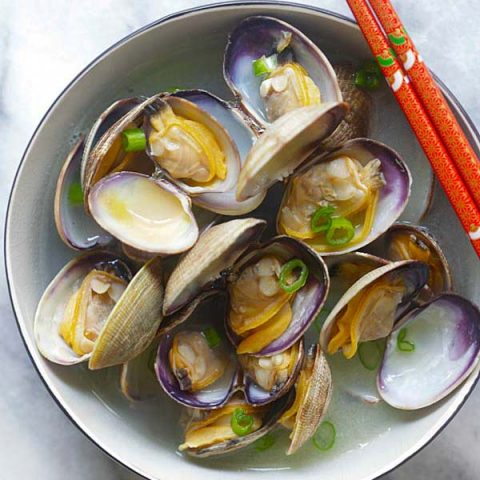 Japanese Steamed Clams