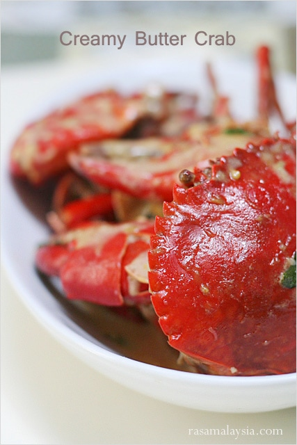 Creamy Butter Crab recipe - The basic ingredients consist of butter, evaporated milk, bird's eye chilies, and curry leaves. | rasamalaysia.com