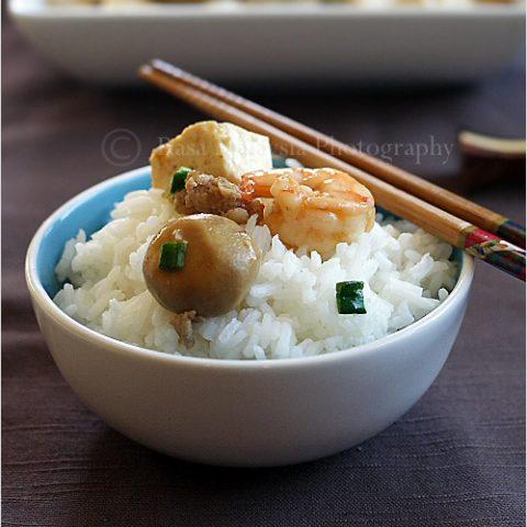 Home-style Tofu (Tofu with Mushrooms)