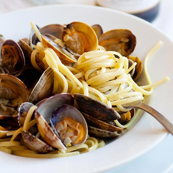 Linguine alle Vongole (Clams Linguine)