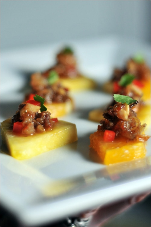Thai Minced Pork and Shrimp Relish = Thai cuisine has a long tradition of spicy ground meat-based dips and relishes served with raw sliced vegetables | rasamalaysia.com