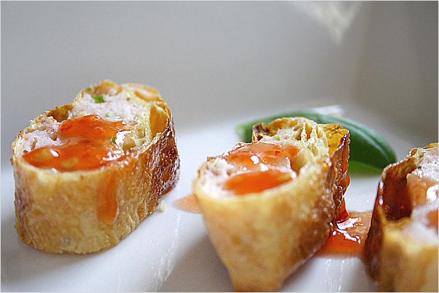 Tau Hu Ky - fried shrimp wrapped with bean curd skin | rasamalaysia.com