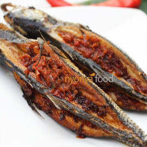Fried Fish Stuffed with Sambal