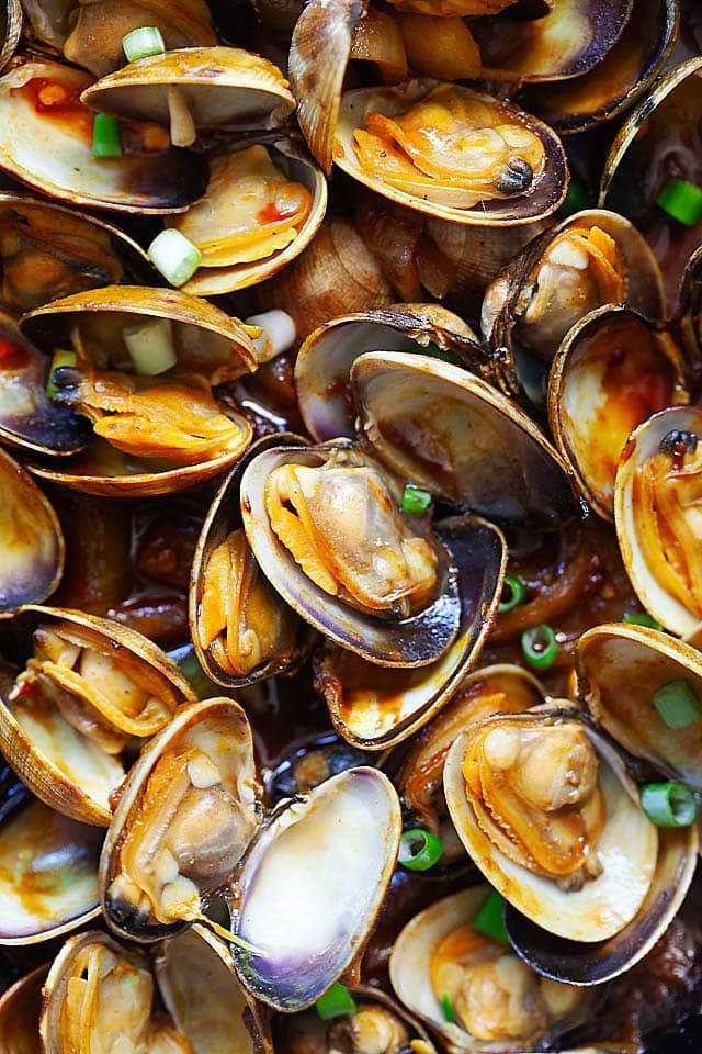 Clam recipe made with curry powder.