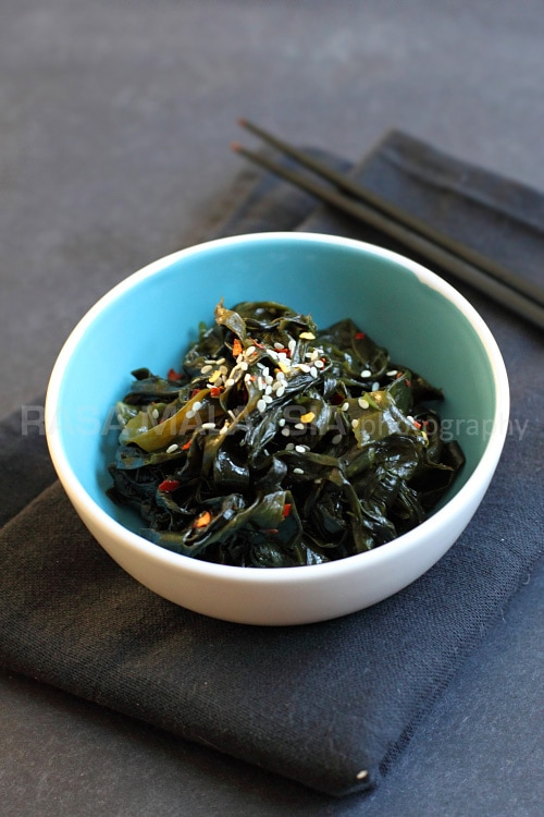 Seaweed is a healthy ingredient and this seaweed salad recipe is made of Korean dried seaweed, salt, sugar, rice vinegar, sesame oil and chili flakes. | rasamalaysia.com