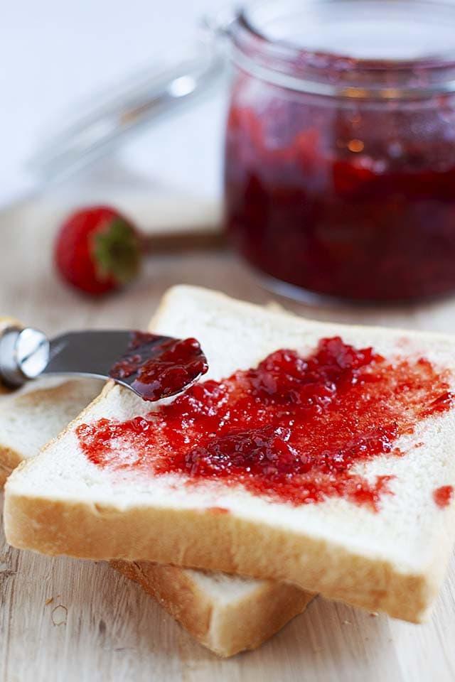 Strawberry jam recipe made of fresh strawberries and sugar.