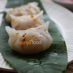 Steamed Vegetable Dumplings (Chai Kueh)