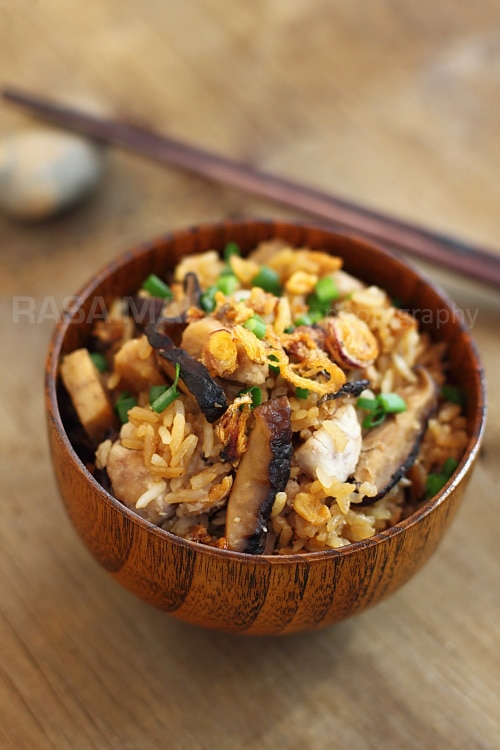 Yam rice is a savory rice dish made with yam (taro) and meat. Yam (taro) Rice is very delicious and an easy one-pot dish. | rasamalaysia.com
