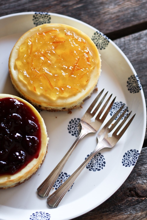 What's great about cheesecake is you can top it with pretty much anything, fresh fruit, caramel, chocolate shavings, or my favorite, jam.   rasamalaysia.com