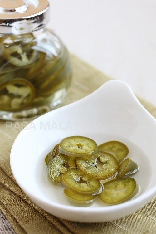 Pickled Green Chilies Recipe