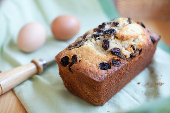 Raisin Butter Cake, rich, buttery, and so yummy! | rasamalaysia.com