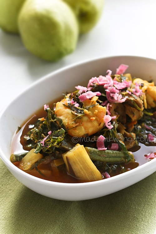 Perut ikan is one of the most requested recipes on Nyonya Food. It's also one of my favorite Nyonya dish. Even though it's a Nyonya recipe, I believe it's mostly found in Penang, and not Melaka and Singapore. | rasamalaysia.com