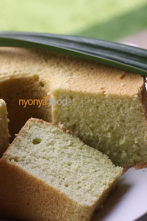 Pandan Chiffon Cake | Easy Delicious Recipes | rasamalaysia.com