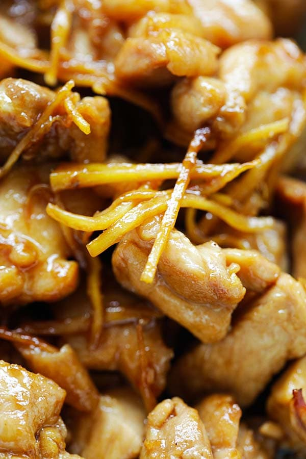 Sesame oil chicken easy delicious recipes sesame oil chicken the most aromatic and delicious braised chicken ever with loads of forumfinder