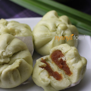 Kaya Steamed Buns