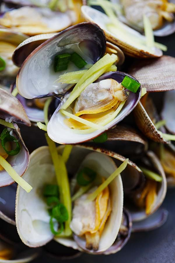 Ginger and Clam Soup - Nourishing Chinese style soup with clams and lots of ginger. This soup is absolutely delightful and so easy to make | rasamalaysia.com
