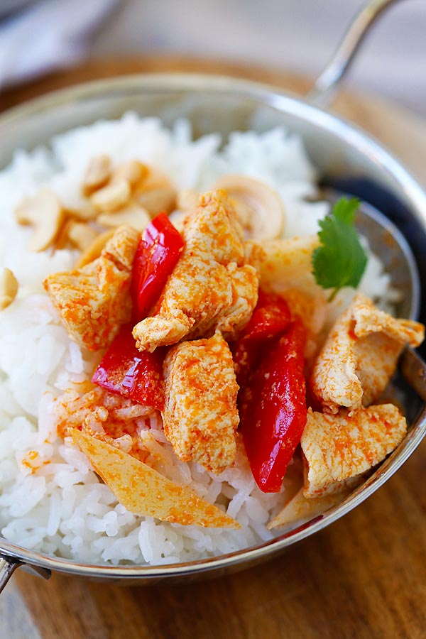 Thai Chicken Curry set over white rice, delicious and ready to be eaten.