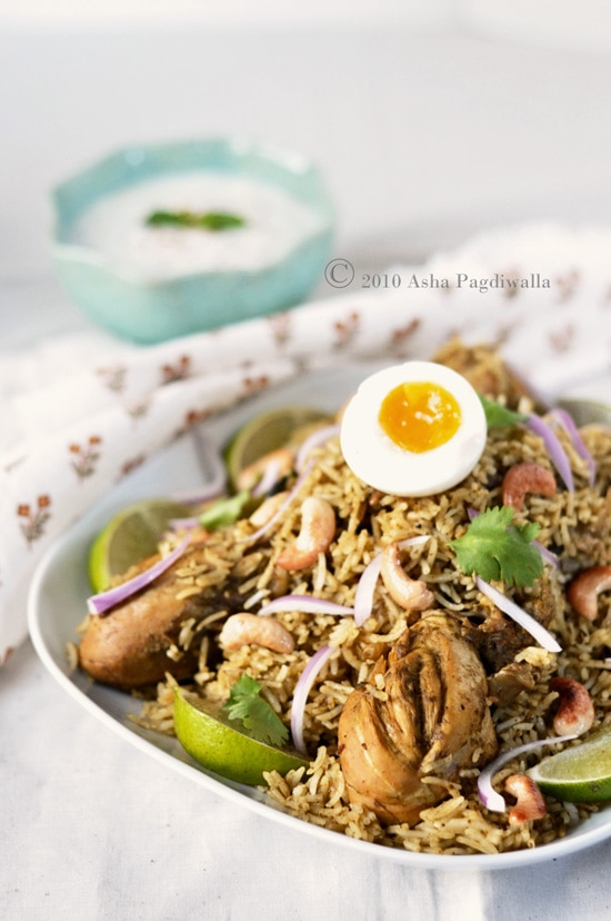 Chicken Biryani is a popular spiced Indian rice. Easy chicken biryani recipe by Asha, an Indian native in New York City and blog at Fork Spoon Knife. | rasamalaysia.com