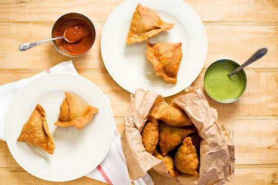 Samosa Recipe: It's a stuffed pastry which is mostly fried in oil and is triangular in shape. Any kind of filling can be used from minced meat to something sweet like sweetened coconut filling. | rasamalaysia.com