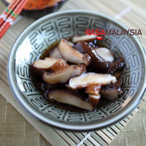 Braised Mushroom with Dashi