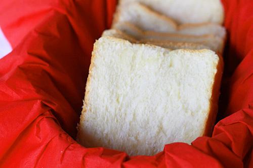 HOKKAIDO MILK LOAF (HOKKAIDO SOFT BREAD) RECIPE