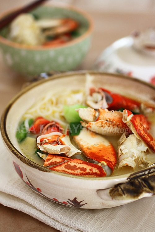 Crab Bee Hoon is a popular crab dish in Singapore. Easy Crab Bee Hoon ...