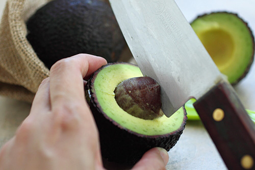 Super Baby Food: Avocado | Easy Asian Recipes at RasaMalaysia.com | rasamalaysia.com