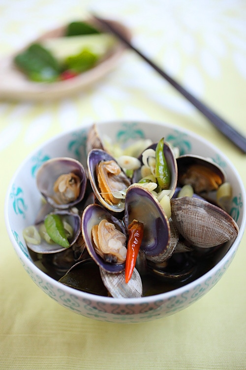 Thai-style Steamed Clams - this dish is everything Thai food is all ...